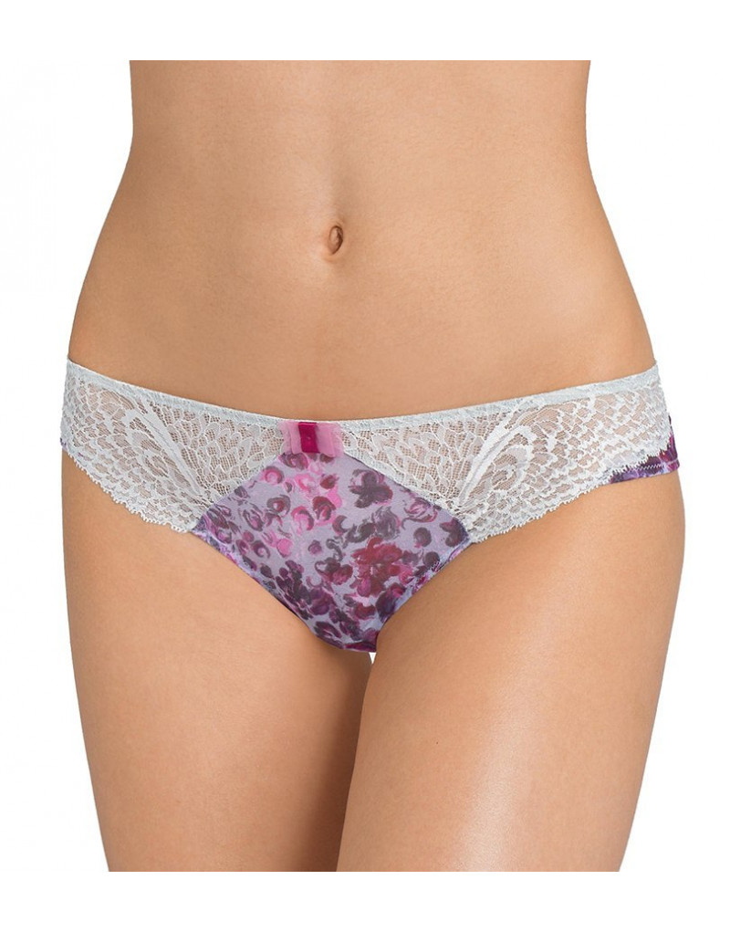 Triumph Amourette Spotlight Floral Hip String